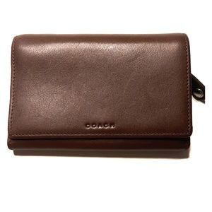 Chocolate Brown COACH leather Med Vintage Wallet